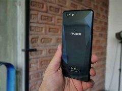 OPPO set up a new independent brand Realme, targeting Indian